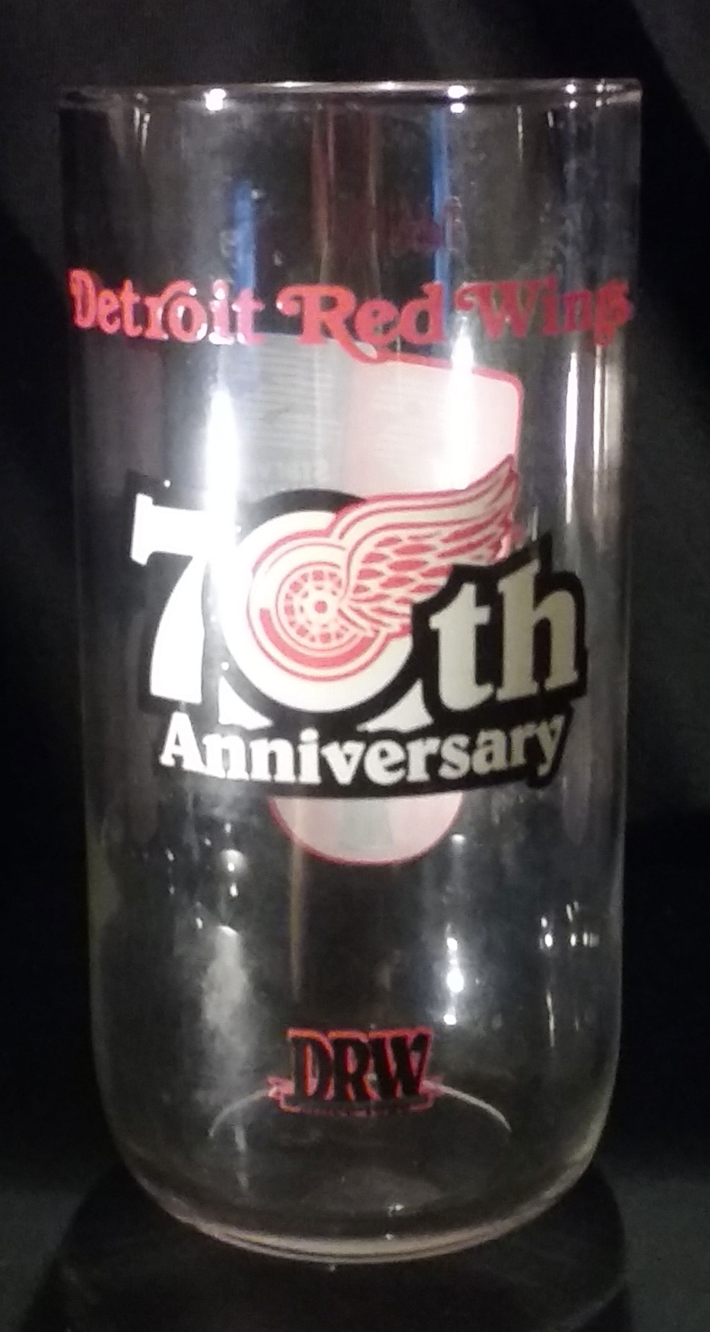 Superstar Universe, LLC Detroit Red Wings 70TH ANNIVERSARY Glass WITH FREE SHIPPING